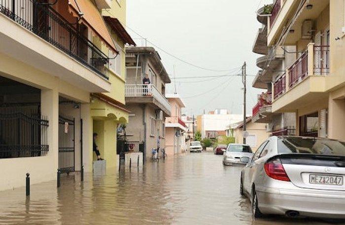 Η Πορταριά έγινε «Βενετία» - προβλήματα από τη βροχόπτωση σε όλη τη χώρα - εικόνα 5
