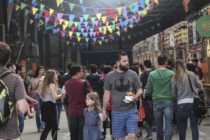 Πώς έζησε η Αθήνα το πρώτο Athens Street Food Festival [Εικόνες] - εικόνα 3