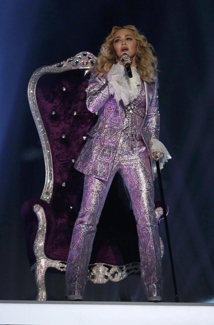 Η Μαντόνα τίμησε τον Prince:Nothing Compares 2 U - εικόνα 5