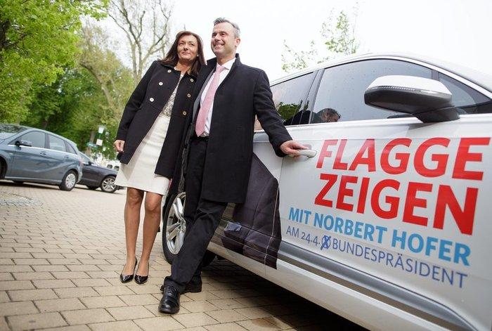 Νόρμπερτ Χόφερ: Το «αγγελικό» πρόσωπο της αυστριακής ακροδεξιάς - εικόνα 5