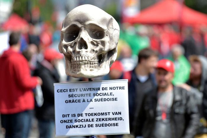 Ξύλο στη διαδήλωση κατά της λιτότητας στις Βρυξέλλες - εικόνα 2