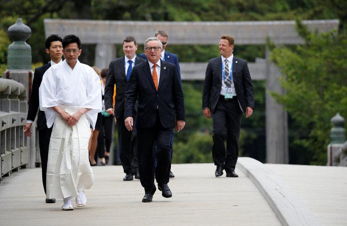 Οι ηγέτες της G7 φυτεύουν δέντρα στην Ιαπωνία - εικόνα 2