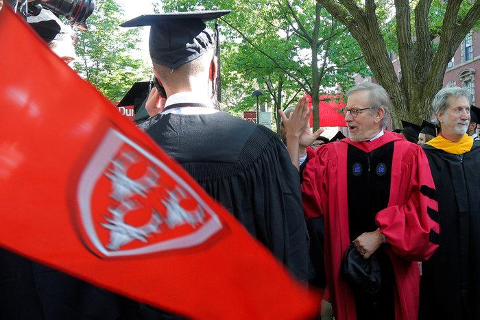 Επίτιμος διδάκτωρ στο Χάρβαρντ ο Στίβεν Σπίλμπεργκ, δεν πήρε ποτέ πτυχίο - εικόνα 4