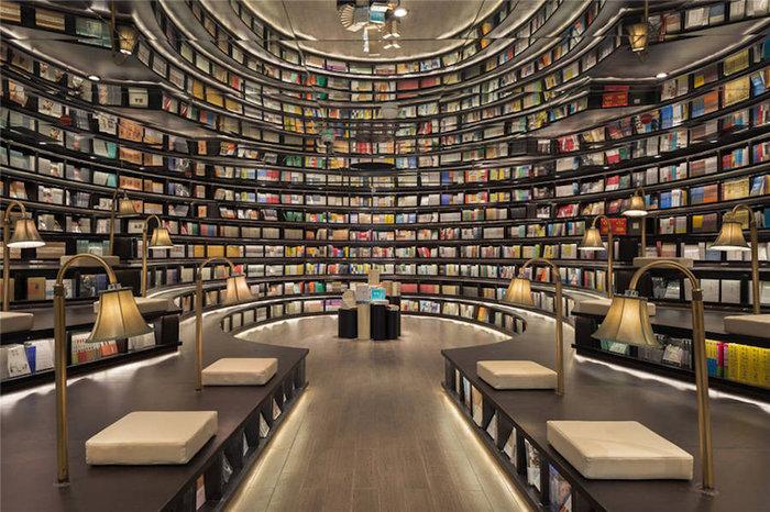 Αυτή είναι η πιο φουτουριστική βιβλιοθήκη του κόσμου - εικόνα 2