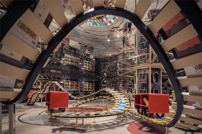 Αυτή είναι η πιο φουτουριστική βιβλιοθήκη του κόσμου - εικόνα 4