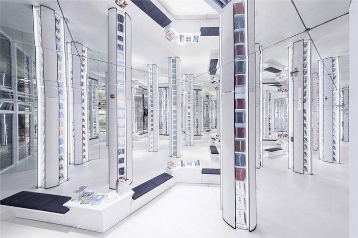 Αυτή είναι η πιο φουτουριστική βιβλιοθήκη του κόσμου - εικόνα 7