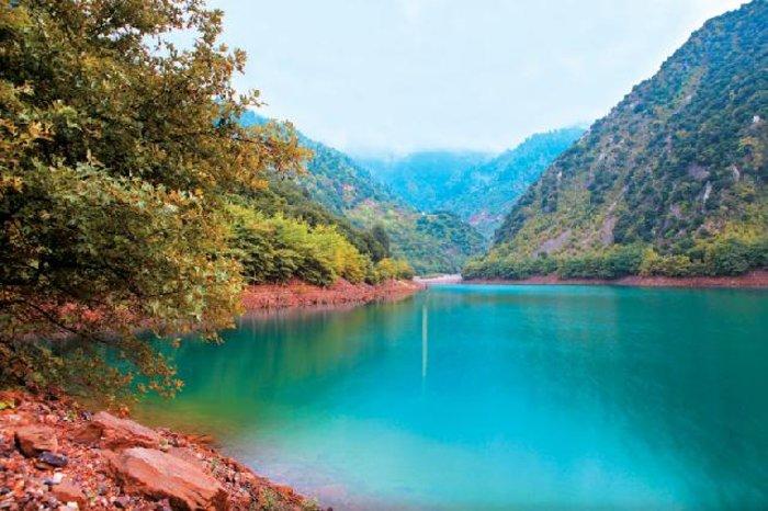 Λίμνη Στεφανιάδας: Ανακαλύψτε την τελευταία φυσική λίμνη της Ελλάδας
