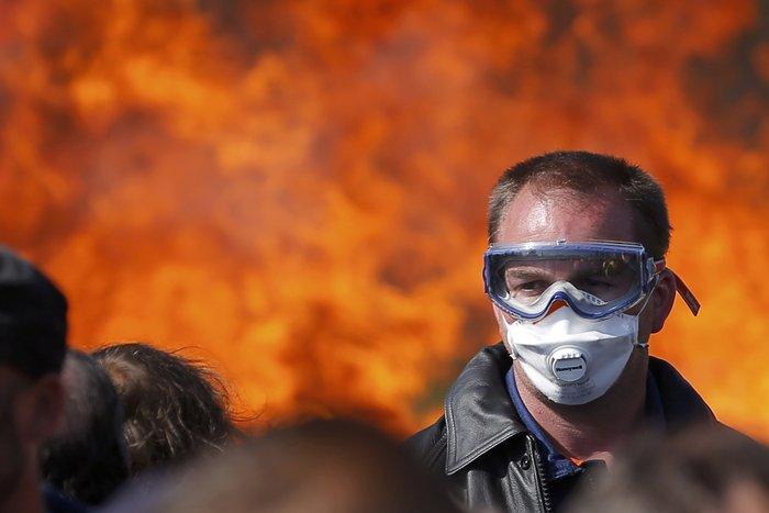 Τέλειωσε ο αποκλεισμός των πετρελαϊκών εγκαταστάσεων στη Γαλλία - εικόνα 3
