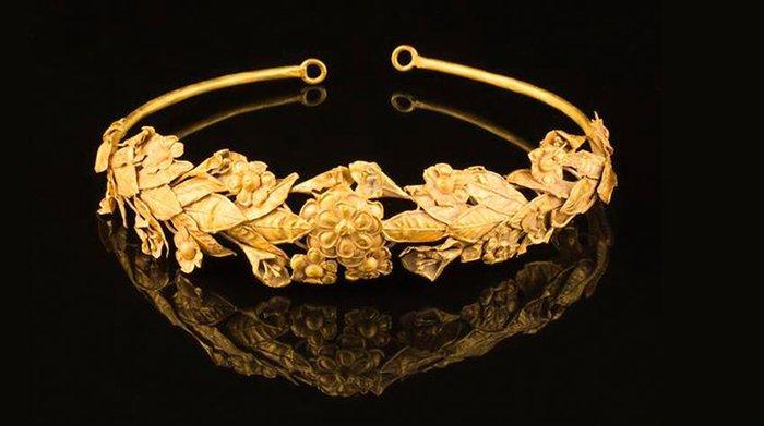 Βρήκαν...ξεχασμένο αρχαίο ελληνικό στεφάνι μυρτιάς 2.300 ετών