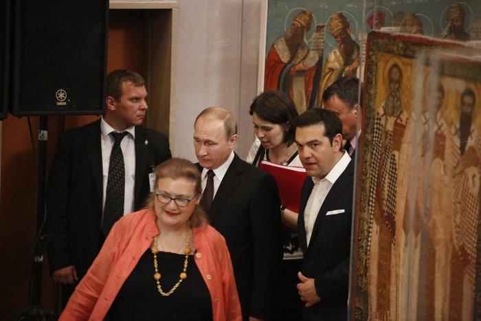 Μέσα στη νύχτα η επίσκεψη Πούτιν στο Βυζαντινό Μουσείο