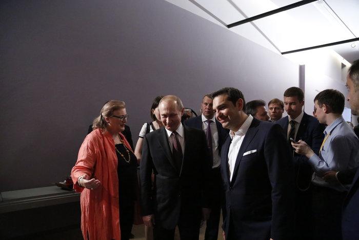 Μέσα στη νύχτα η επίσκεψη Πούτιν στο Βυζαντινό Μουσείο - εικόνα 2