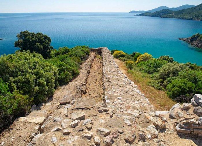 Τάφος Αριστοτέλη: Επιφυλακτικοί οι αρχαιολόγοι. Τα σενάρια, οι πηγές