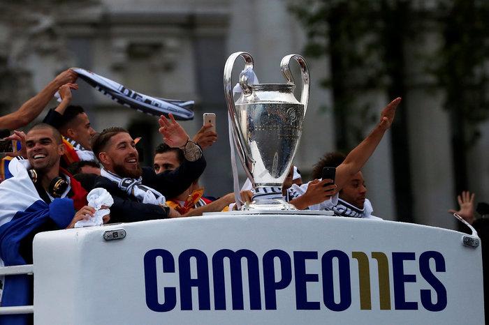 Αποθεωτική υποδοχή της Ρεάλ μετά τη κατάκτηση του Champions League video - εικόνα 4