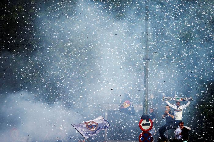 Αποθεωτική υποδοχή της Ρεάλ μετά τη κατάκτηση του Champions League video - εικόνα 5