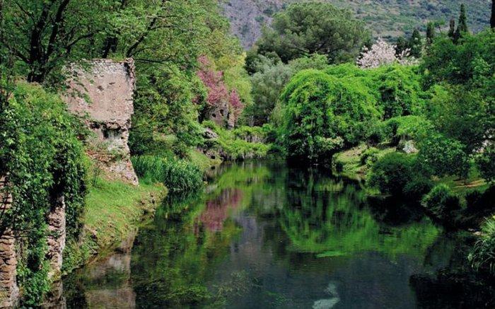 Ninfa, Italy