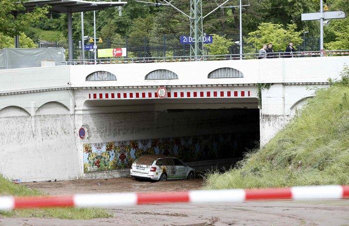 Tρεις νεκροί και τεράστιες καταστροφές από τη θεομηνία στη Γερμανία - εικόνα 2
