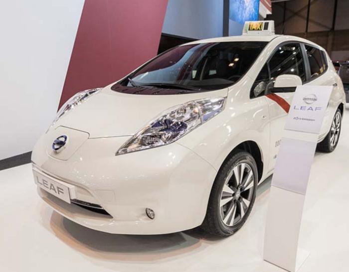 Νέο στόλος ηλεκτρικών ταξί Nissan Leaf για τη Μαδρίτη