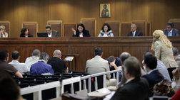 Συνήγοροι των θυμάτων: Υπουργείο και Εφετείο υπονομεύουν τη δίκη της Χ.Α.
