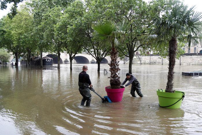 Παρίσι:Οι χειρότερες πλημμύρες τα τελευταία 100 χρόνια - εικόνα 6