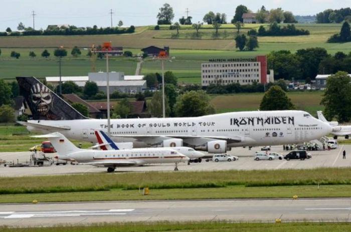Να πώς οι Iron Maiden «ντρόπιασαν» Μέρκελ και Ολαντ-δείτε φωτο