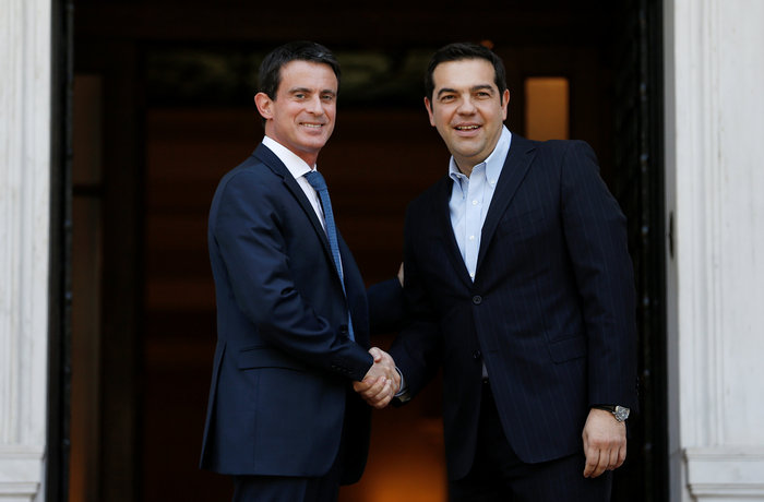 Μανουέλ Βαλς: Η Γαλλία είναι στο πλευρό της Ελλάδας