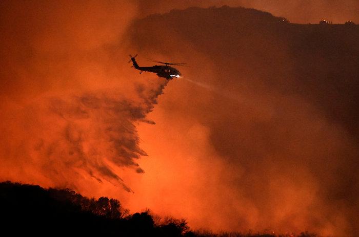 Μεγάλη πυρκαγιά στο Λος Αντζελες-Εκκενώθηκαν σπίτια
