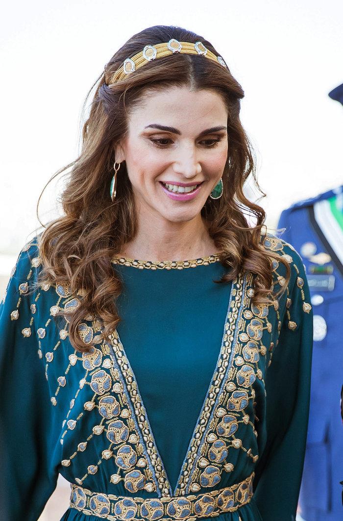 Η εκτυφλωτική βασίλισσα Ράνια και το σμαραγδένιο φόρεμα - εικόνα 6