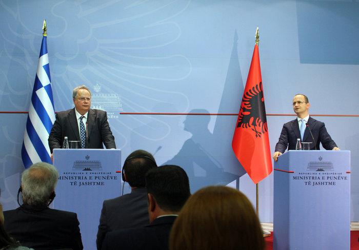 Η συνάντηση του Νίκου Κοτζιά με τον Αλβανό ομόλογό του Ντικμίρ Μπουσάτι διεξήχθη σε καλό κλίμα, σύμφωνα ωστόσο με πληροφορίες ο τελευταίος έθεσε θέμα «τσάμηδων», με τον κ.Κοτζιά να το «ξεκόβει»