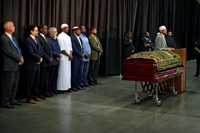 14.000 άνθρωποι στην κηδεία του Μοχάμεντ Αλι