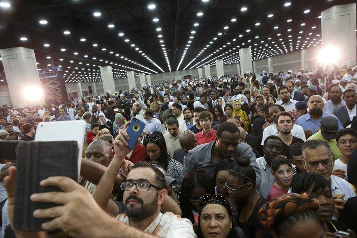 14.000 άνθρωποι στην κηδεία του Μοχάμεντ Αλι - εικόνα 2