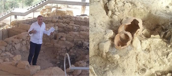 Ο Νίκος Σταμπολίδης ξεναγεί τους δημοσιογράφους στη νεκρόπολη της Ορθής Πέτρας.Το δεύτερο πιθάρι, (δεξιά φωτό), τοποθετήθηκε «συμπληρωματικά» για να καλυφθεί το σώμα του μικρού παιδιού που ετάφη μέσα σ' αυτό.