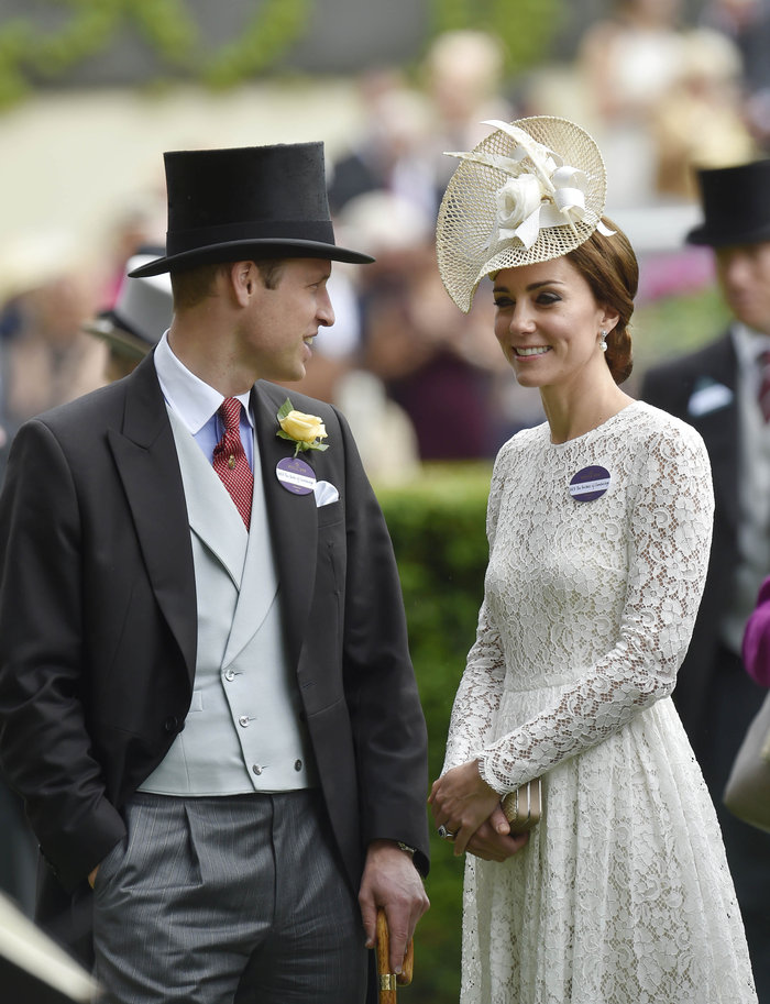 Η Κέιτ Μίντλετον έδωσε την καλύτερη απάντηση στις κακόγουστες Βρετανές - εικόνα 11