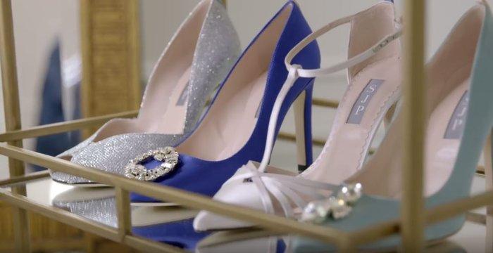 Η εμμονική με τα παπούτσια «Κάρι Μπράντσο» και η έκπληξη-σοκ σε 3 νύφες - εικόνα 6