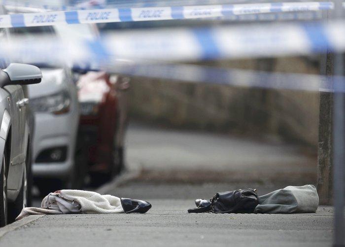 Πυροβόλησαν και μαχαίρωσαν βουλευτή των Εργατικών στη Βρετανία