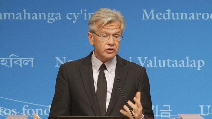 """Μια έξοδος του Ηνωμένου Βασιλείου από την Ευρωπαϊκή Ένωση θα προκαλούσε μια κρίση """"αβεβαιότητας"""" και """"αστάθειας"""" στις αγορές και θα οδηγούσε σε μια επιβράδυνση της οικονομικής ανάπτυξης, προειδοποίησε από τη μεριά του το ΔΝΤ, μέσω του εκπροσώπου του Τζέρι Ράις"""