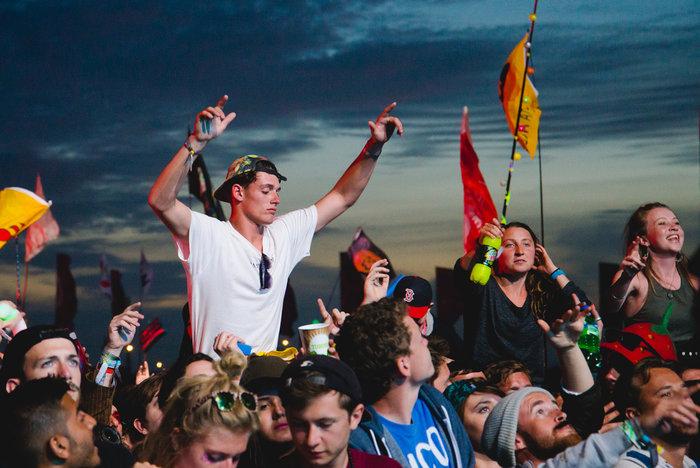 Το Φεστιβάλ Γκλάστονμπερι με αφιέρωμα στους Μπάουι, Πρινς και Λέμι - εικόνα 10