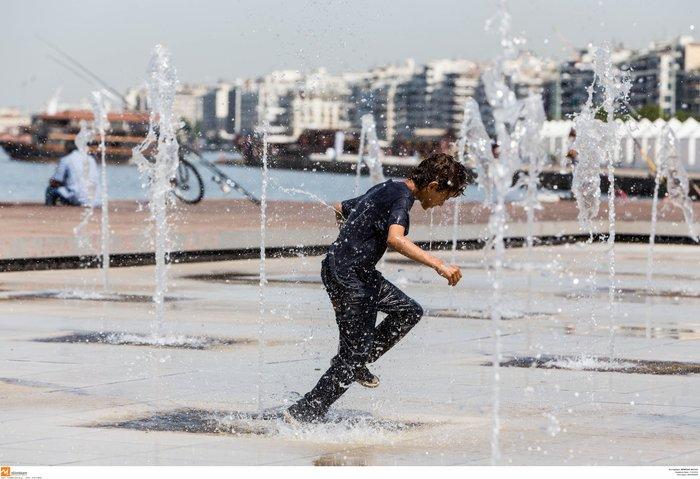 Σαν τα συντριβάνια της Θεσσαλονίκης δεν έχει! φωτό - εικόνα 2