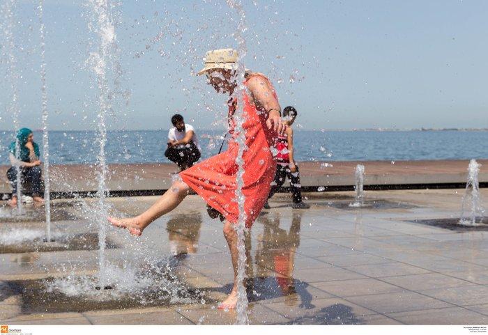 Σαν τα συντριβάνια της Θεσσαλονίκης δεν έχει! φωτό - εικόνα 3
