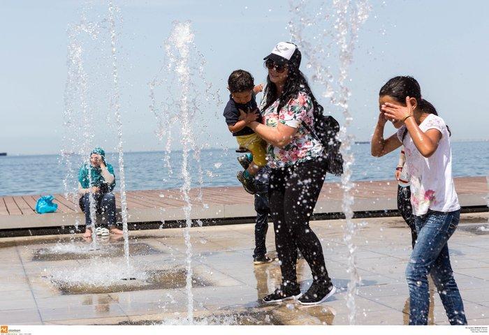 Σαν τα συντριβάνια της Θεσσαλονίκης δεν έχει! φωτό - εικόνα 10