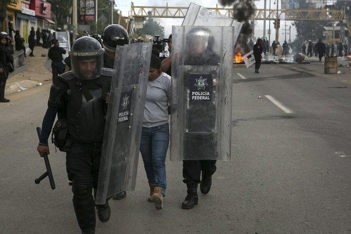 Χάος στο Μεξικό: 6 νεκροί σε επεισόδια διαδηλωτών με την αστυνομία - εικόνα 3