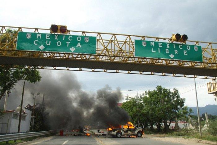 Χάος στο Μεξικό: 6 νεκροί σε επεισόδια διαδηλωτών με την αστυνομία - εικόνα 4