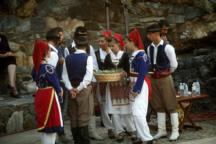 Οταν η Φαραντούρη τραγούδησε Μίκη στη Σύνοδο Ορθοδοξίας (Εικόνες & βίντεο) - εικόνα 3
