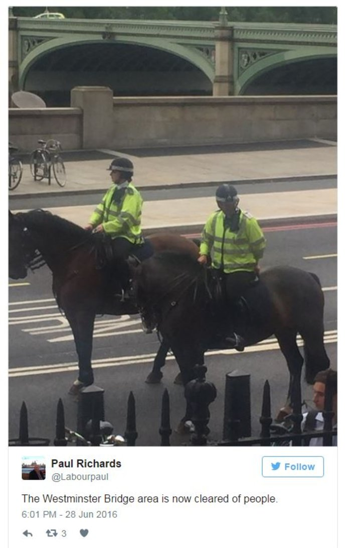 Συναγερμός στο Λονδίνο από ύποπτο όχημα κόντα στη Βουλή - εικόνα 4