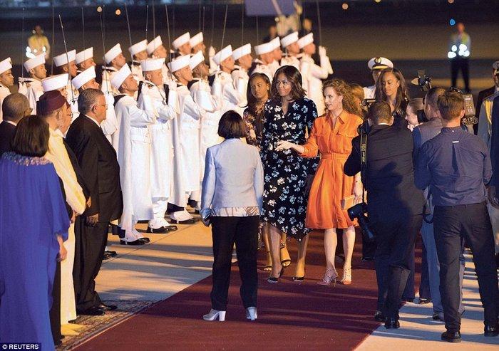 Βασιλικό δείπνο για την Μισέλ και τις κόρες της στο Παλάτι του Μαρακές - εικόνα 4
