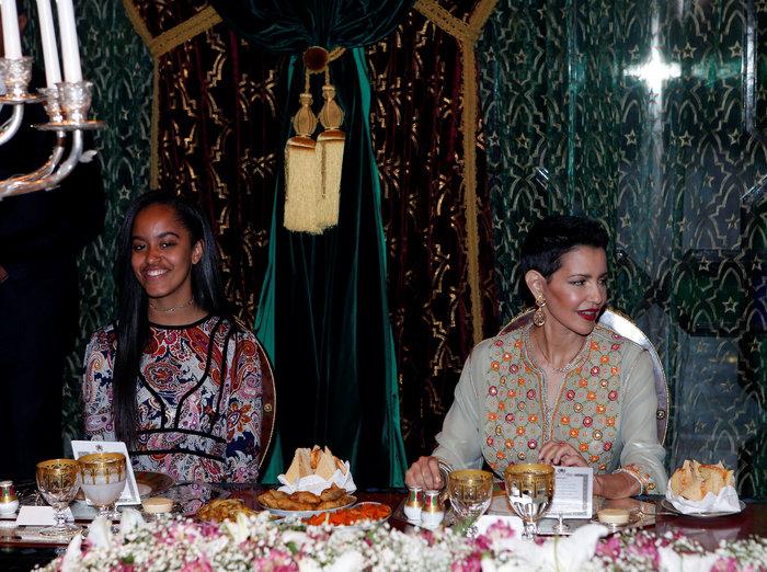 Βασιλικό δείπνο για την Μισέλ και τις κόρες της στο Παλάτι του Μαρακές - εικόνα 10