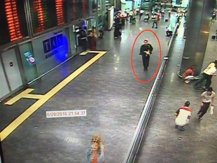 Είναι αυτός ο βομβιστής αυτοκτονίας στο Ατατούρκ; - εικόνα 2