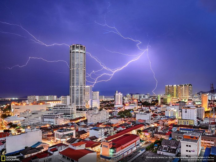 Third place, Cities, Photo by Jeremy Tan, George Town (Malaysia).