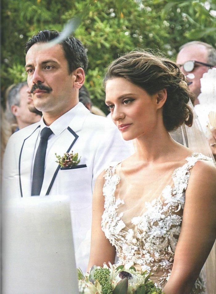 Ποια είναι η μεσογειακή καλλονή που παντρεύτηκε ο Τόνι Σφήνος; - εικόνα 2