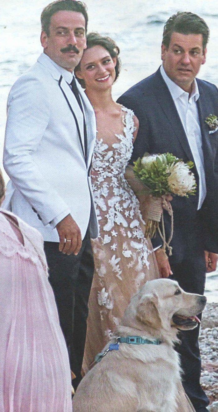 Ποια είναι η μεσογειακή καλλονή που παντρεύτηκε ο Τόνι Σφήνος; - εικόνα 3