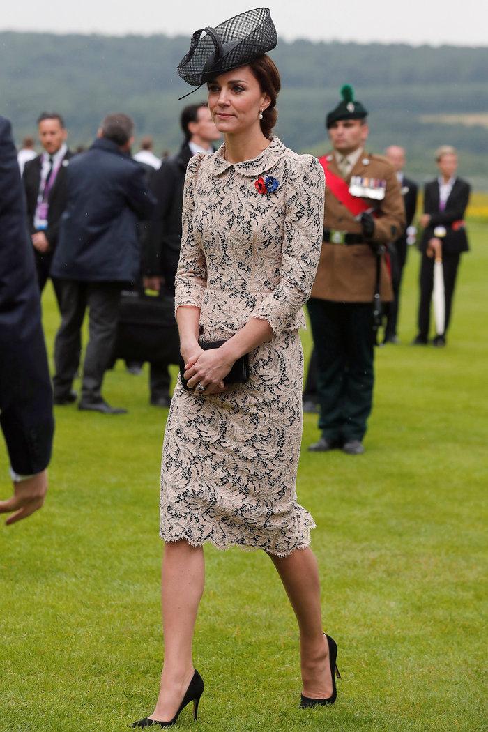 Γιατί η Κέιτ Μίντλετον δεν θα φορούσε ποτέ το ριγέ φόρεμα της Μαρκλ - εικόνα 14